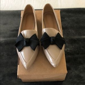 Patten leather nude flats/ excellence condition